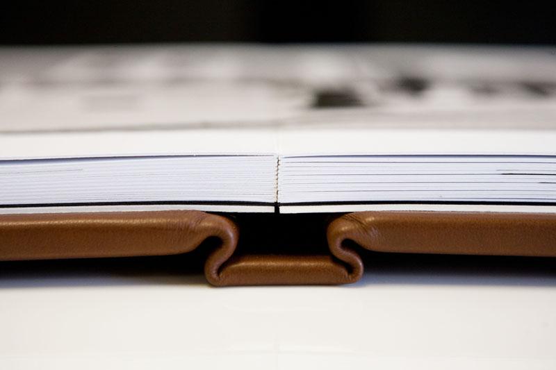 folio_albums_05_spine_close_up