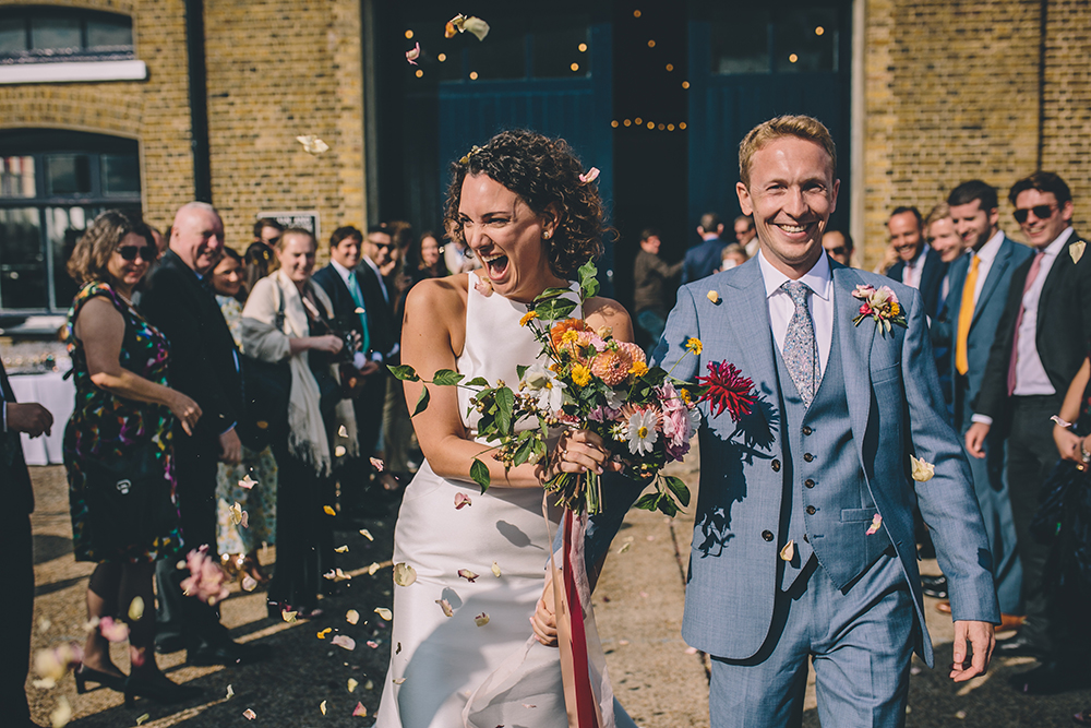 confetti trinity buoy wharf urban wedding