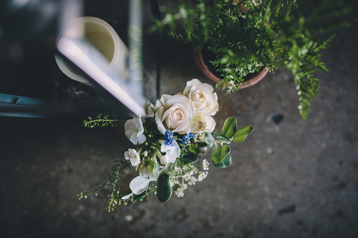 aisle flowers wedding photography