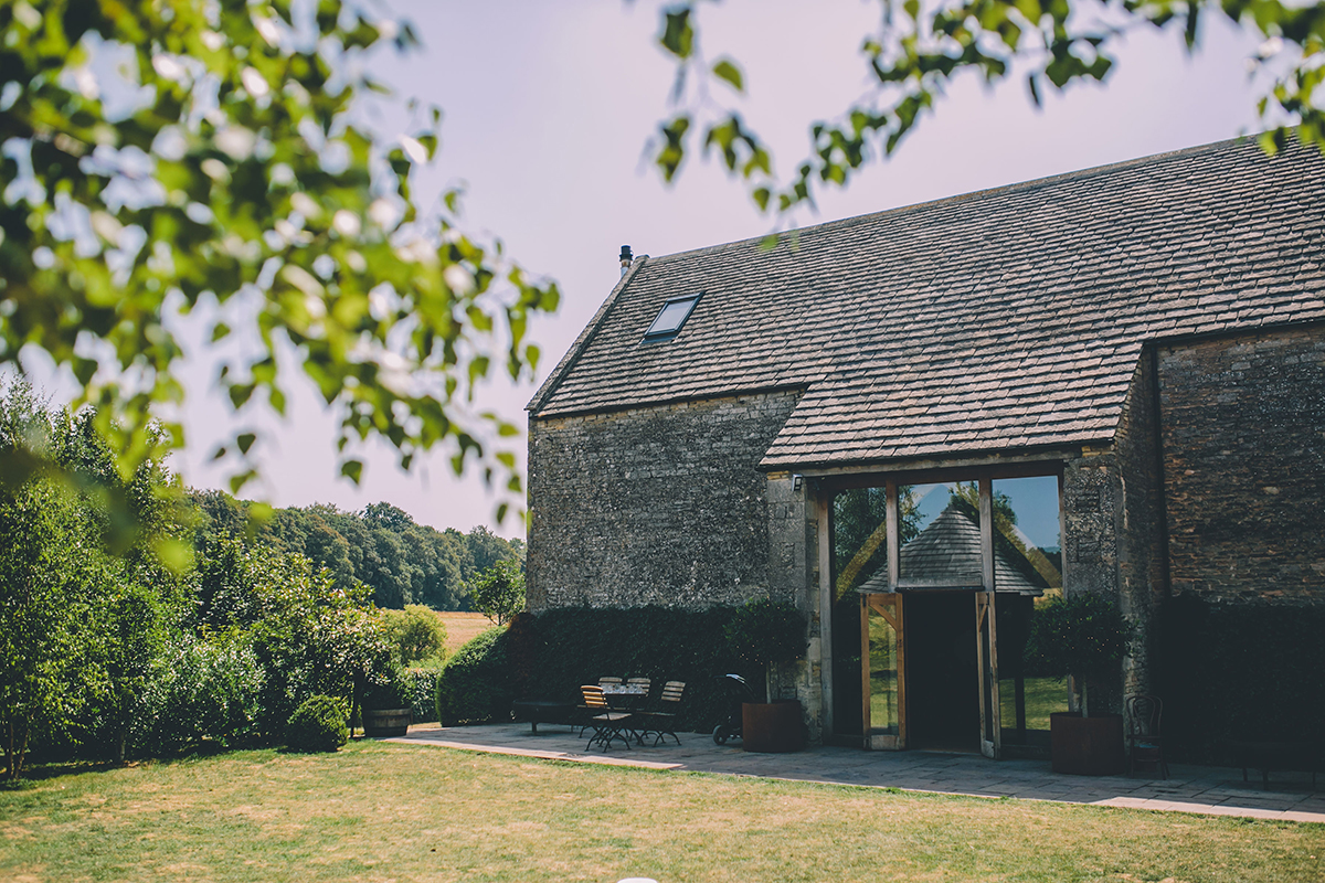 stone barn cripps barn wedding photographer