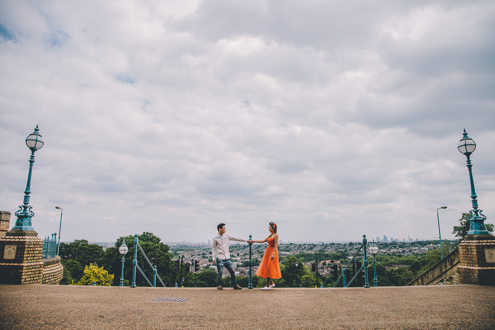 London engagement shoot locations